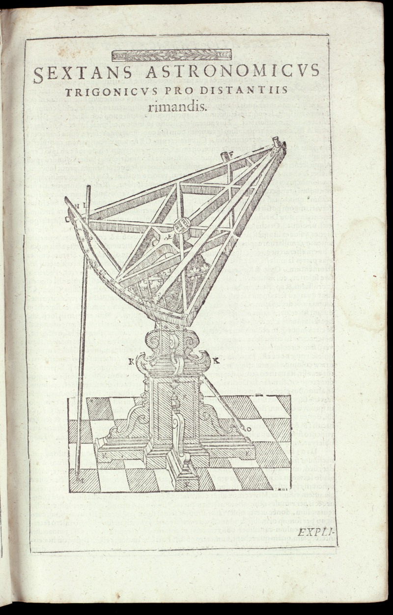 Triangular astronomical sextant,  Image number:sil4-3-57a