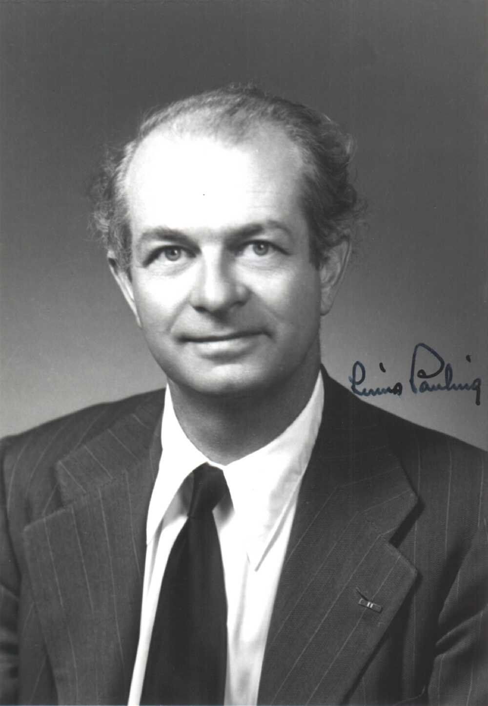 Portrait of Linus Pauling,  Image number:SIL14-P002-05a