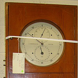 Mercury pendulum clock